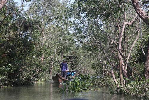 Vietnam-boat
